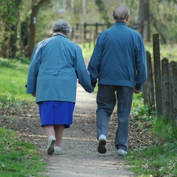 The story of an elderly migraineur couple. Dr. Emel Gokmen